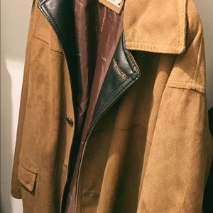 7eef0450c7ccf Armani Collezioni Jackets   Coats - Armani Collezioni (A Collezioni) suede  Car coat 50
